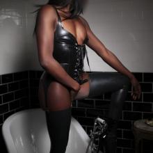 Kinky Lady Imani